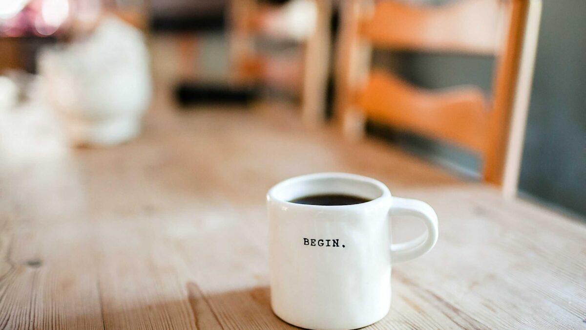 Jak nastartovat den? – 3 jednoduché kroky pro lepší ráno