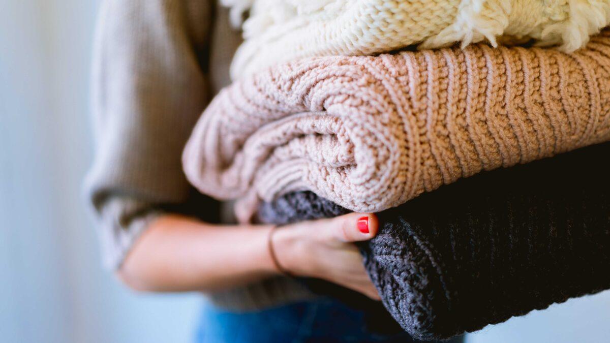 Jak darovat oblečení, co už nebudeš nosit? Poradíme ti.
